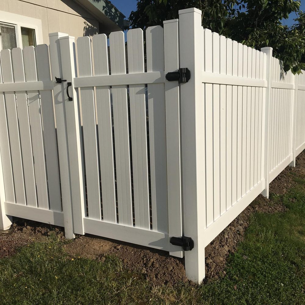 Savvy Barricade & Fence: 10303 Levesque Rd E, Buckley, WA