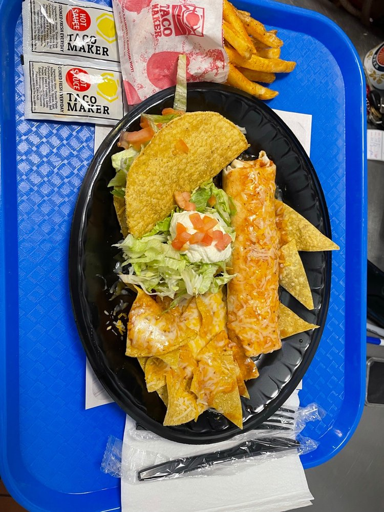 The Taco Maker: Calle Dr. Vidal S/N, Humacao, PR