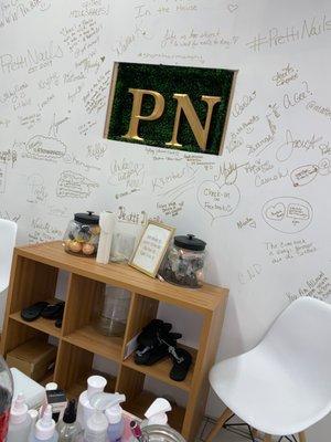 Pretti Nails