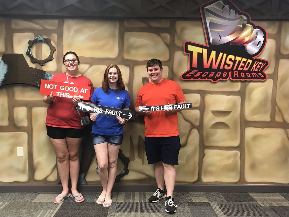 Twisted Key Escape Rooms: 13 Gateway Dr, Collinsville, IL