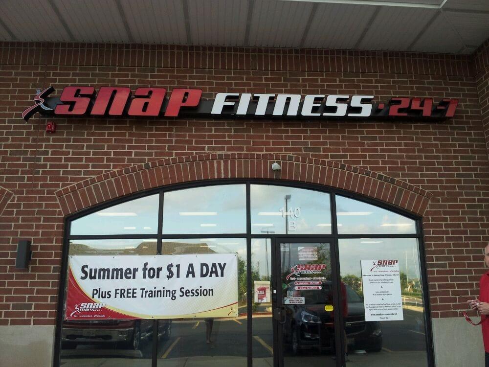 Snap Fitness: 910 N Main St, Elburn, IL
