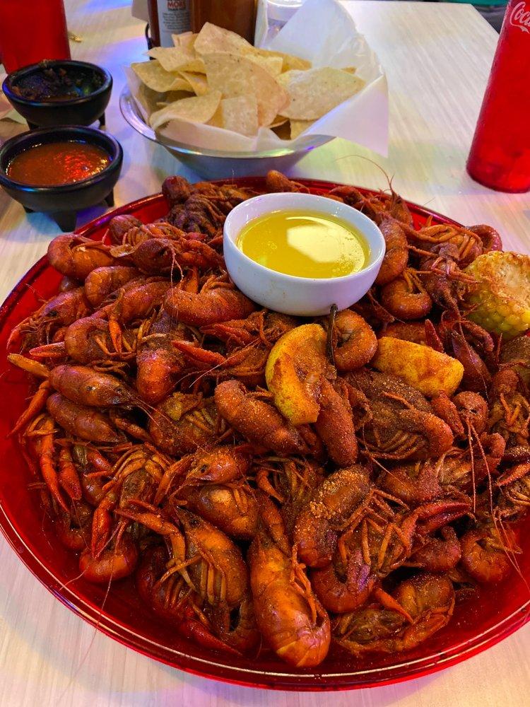 La Costa Seafood Grill: 1200 Hwy 35 Byp N, Alvin, TX