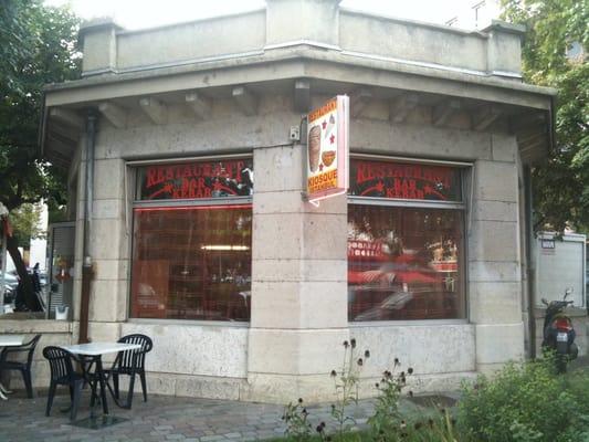 kiosque d istanbul takeaway fast food 3 place des. Black Bedroom Furniture Sets. Home Design Ideas