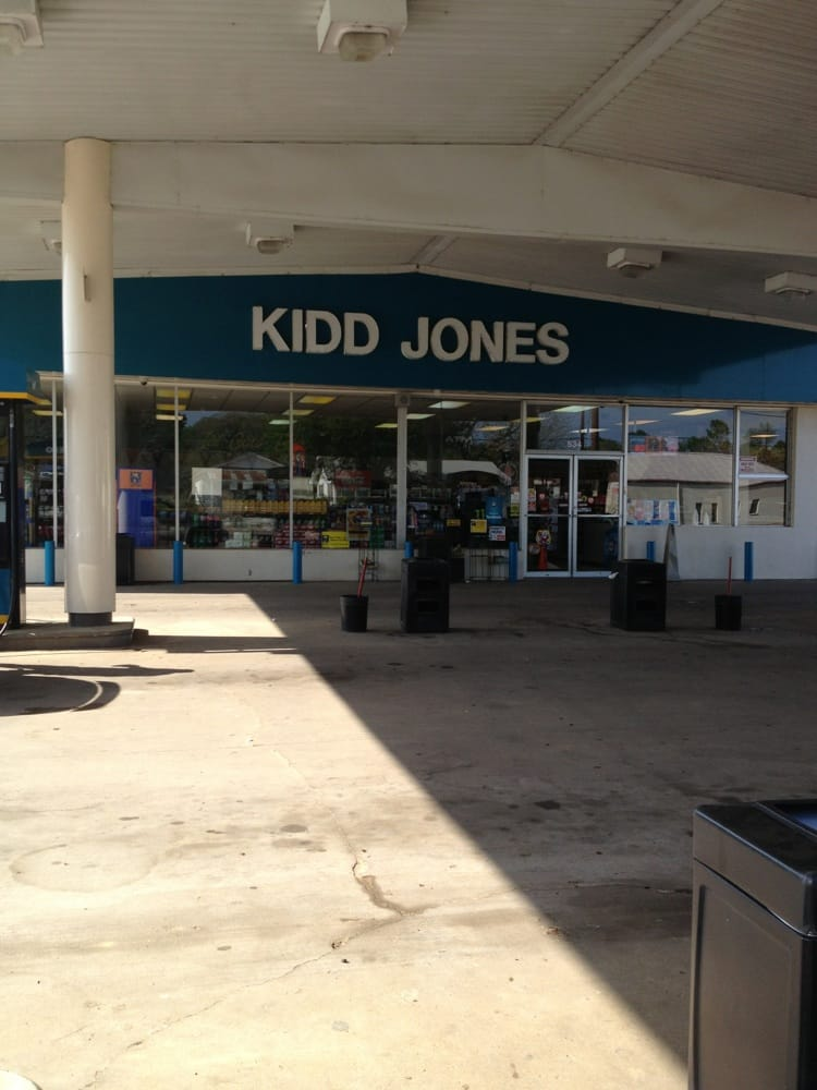 Kidd-Jones Oil Company: 534 E Garland St, Grand Saline, TX