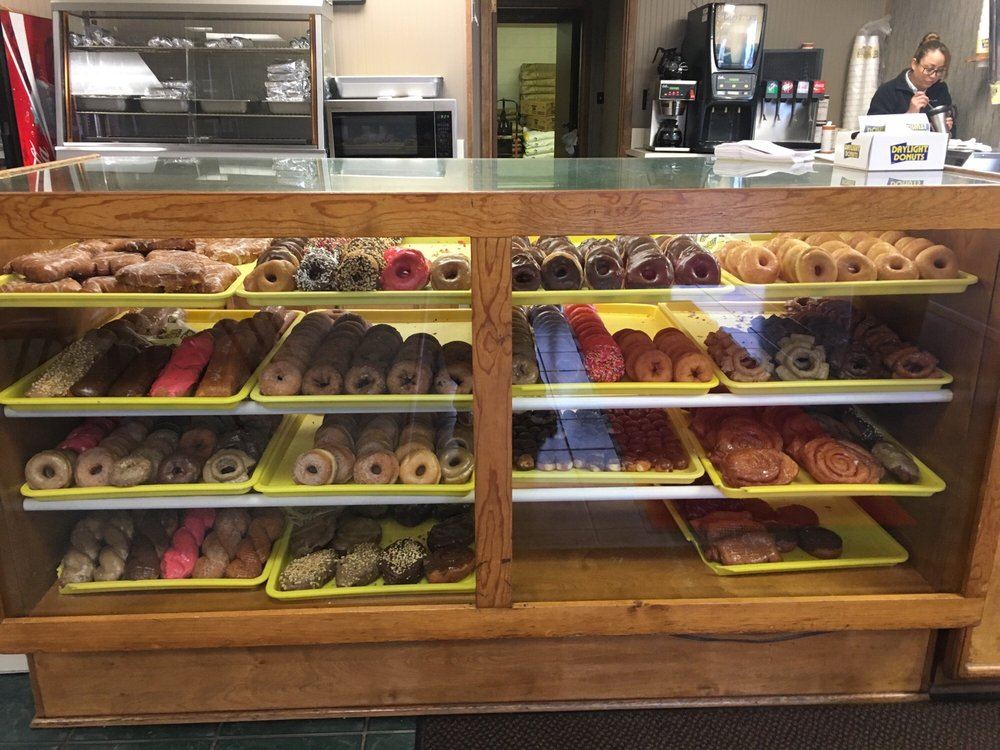 Daylight Donuts: 721 S Main St, Perryton, TX