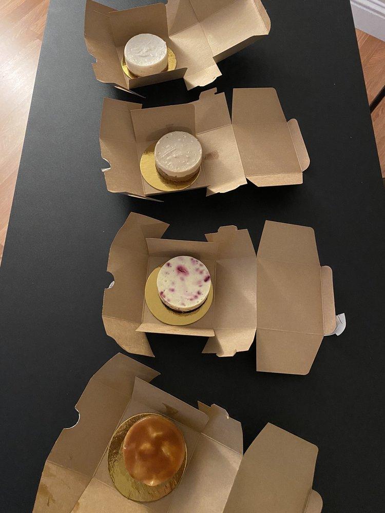 Reuschelle's Cheesecakes: 974 A St, Hayward, CA