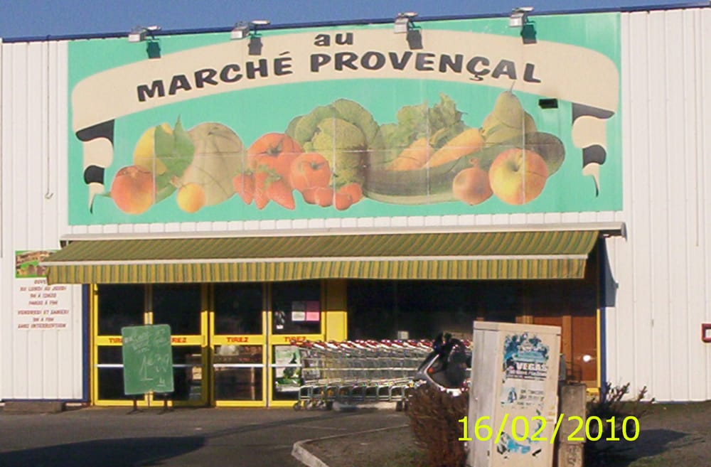 Au march proven al greengrocers 4 rue henry potez chambray l s tours i - Marche provencal chambray ...