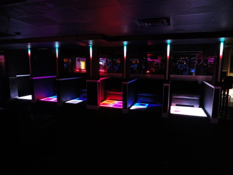 Show palace darien strip club