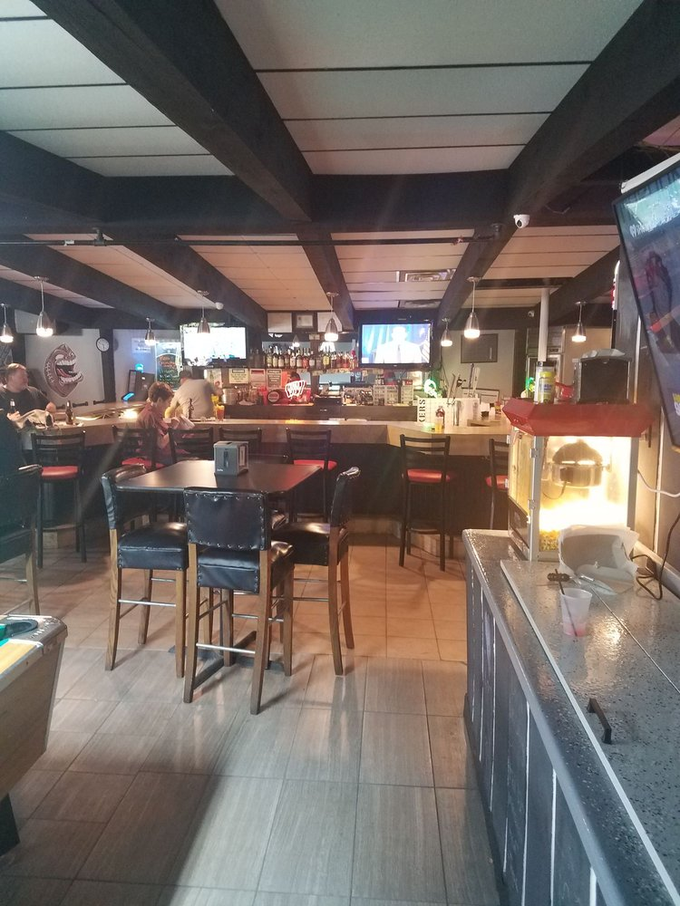 Big Time Sports Bar & Grill: W6014 Lake Dr, Shawano, WI
