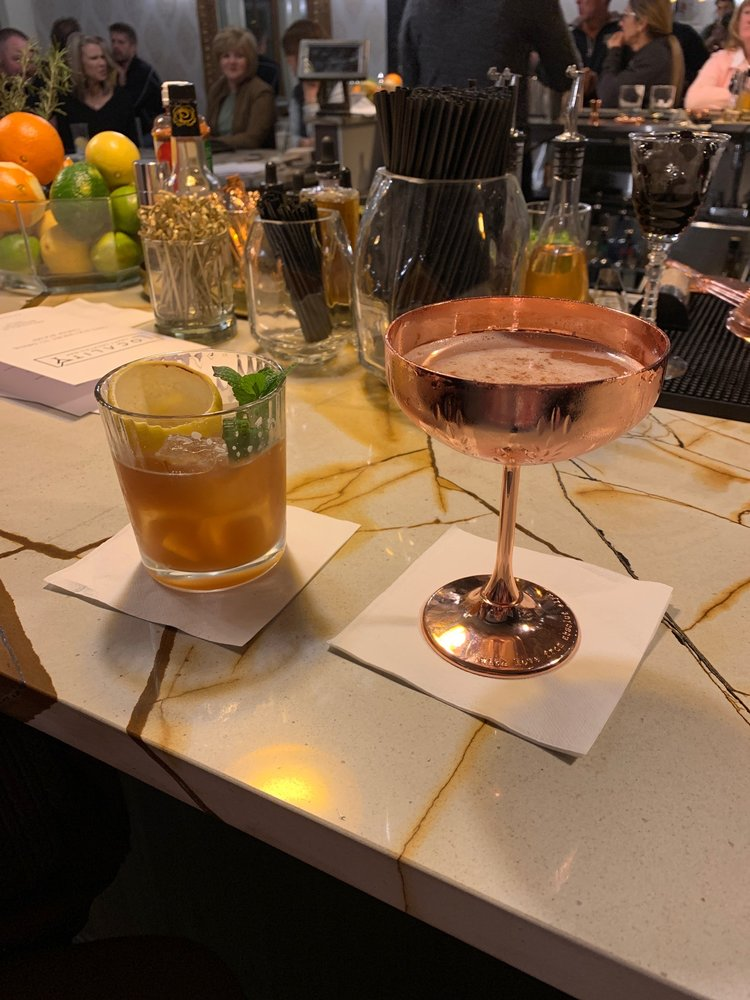 Locality Craft Cocktail Bar: 1010 Halsell St, Bridgeport, TX