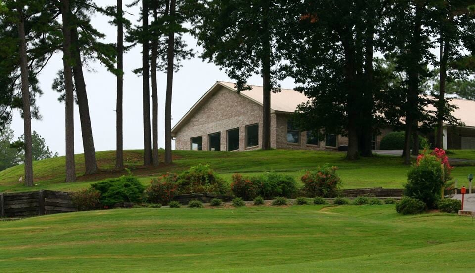 Cherokee County Country Club: 270 County Rd 382, Centre, AL