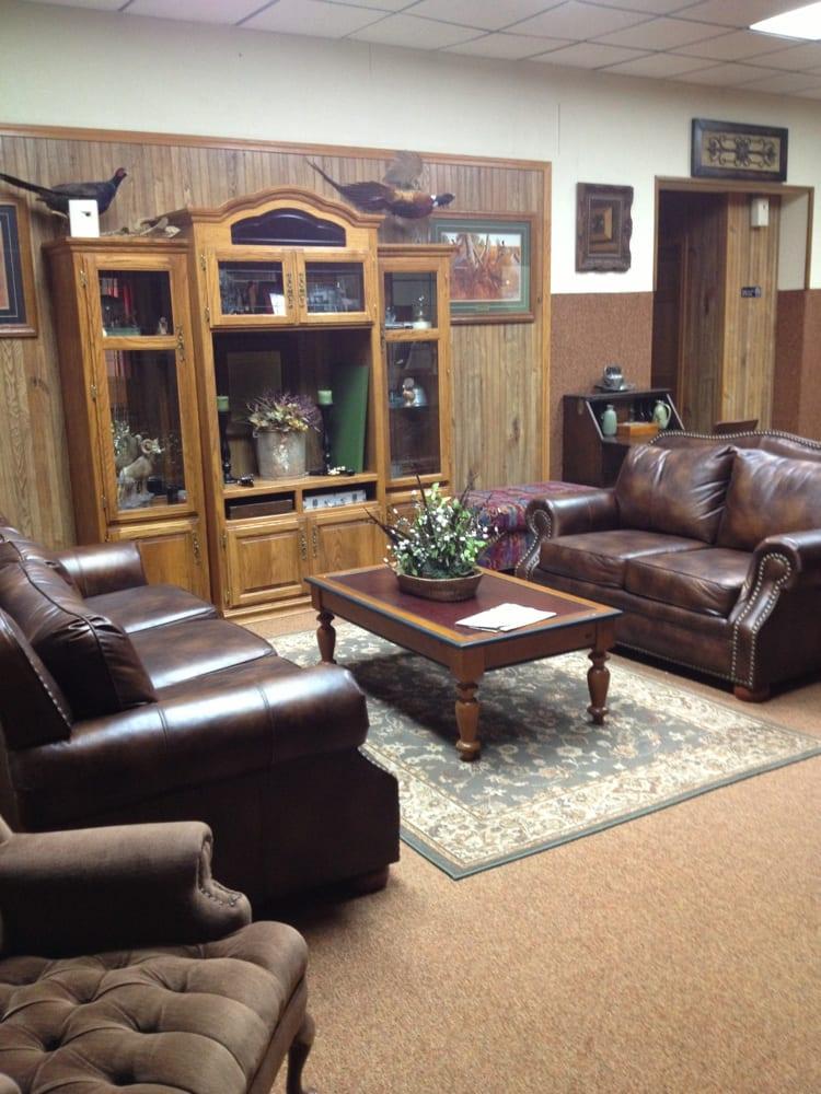 Old Bank Lodge: 749 Sherman St, Leola, SD