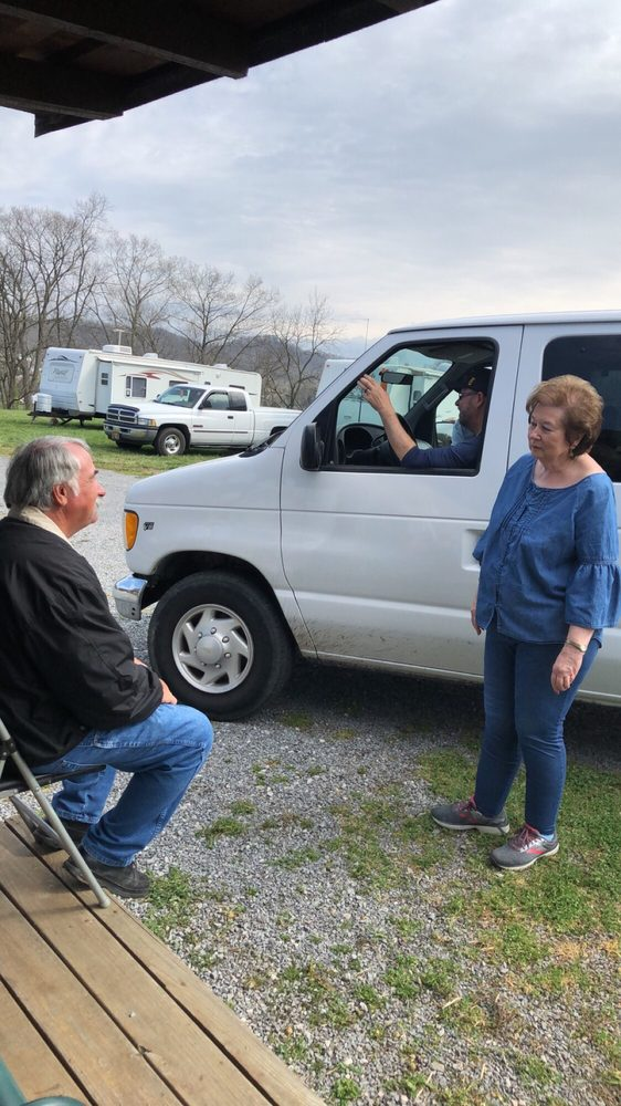 Dave & Kayes family campground: 663 White Top Rd, Bluff City, TN