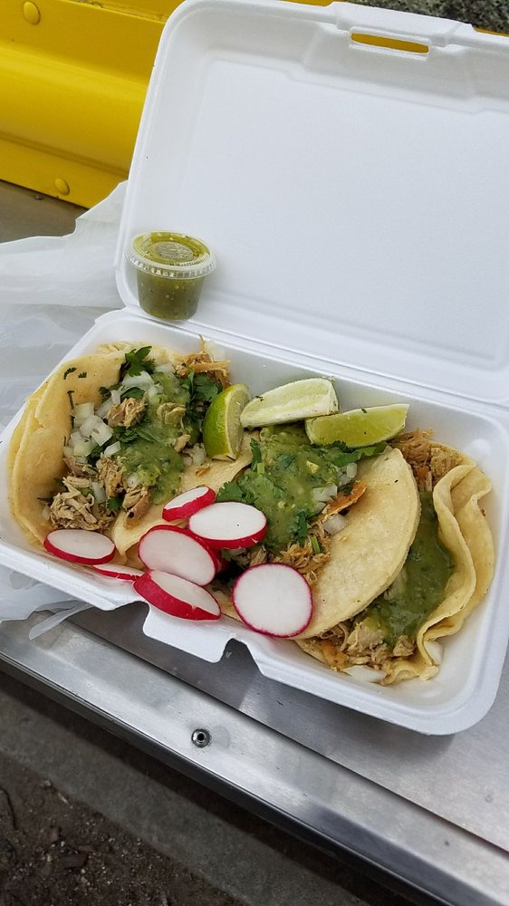 Tacos Bravos: 146 St & Northern Blvd, Queens, NY