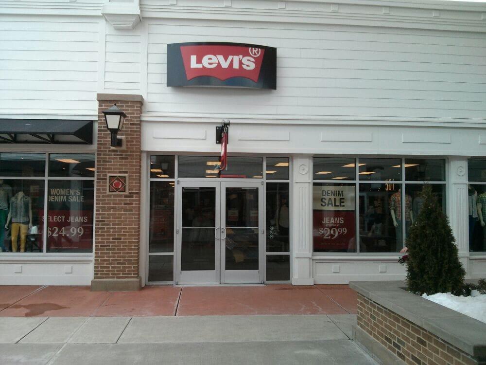 Levi's Outlet Store: 80 Premium Outlets Blvd, Merrimack, NH