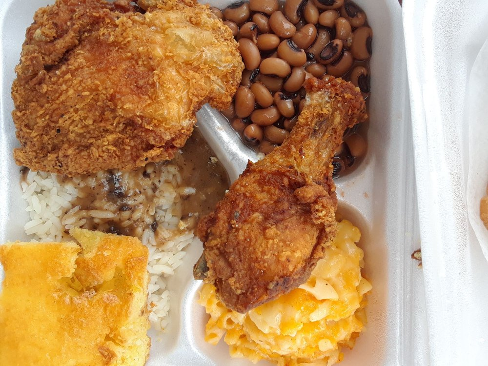 Food from Mama's Soul Food Restaurant