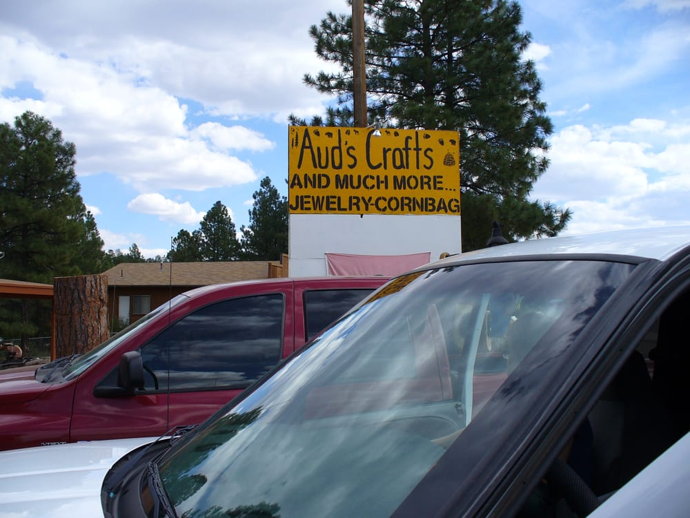 Aud's Crafts and Gifts: 1894 Hwy 260, Heber, AZ