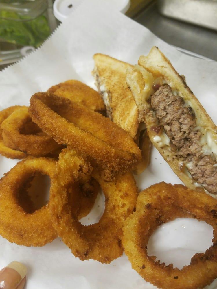 Jo-Els Cafe: 2500 N 7th St, West Monroe, LA
