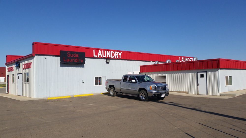 Suds Laundry: 118 11th Ave SW, Watford City, ND