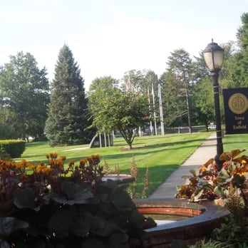 Town Of Enfield Ct >> Enfield Armed Services Memorial Landmarks Historical