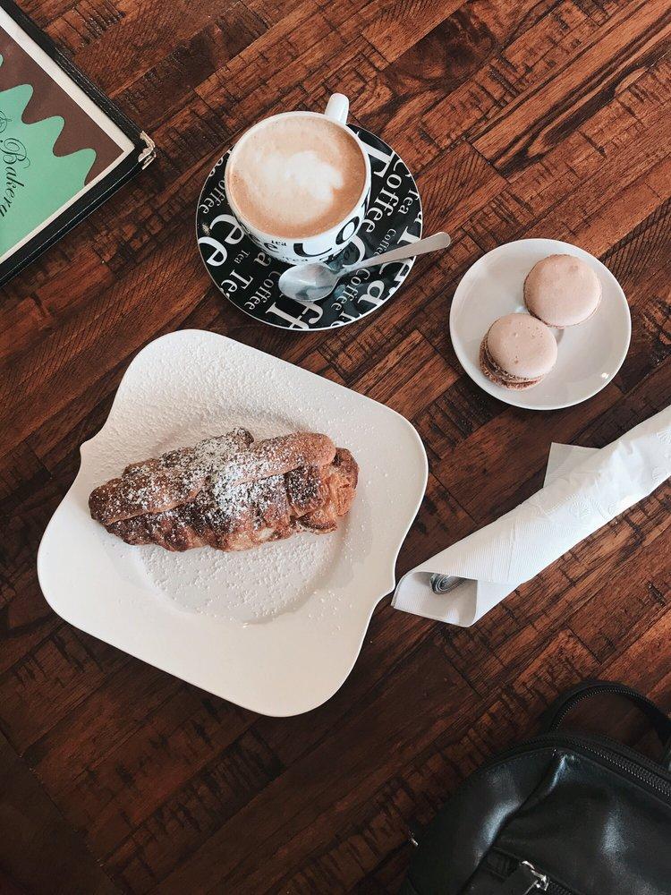 Tulipe Cafe