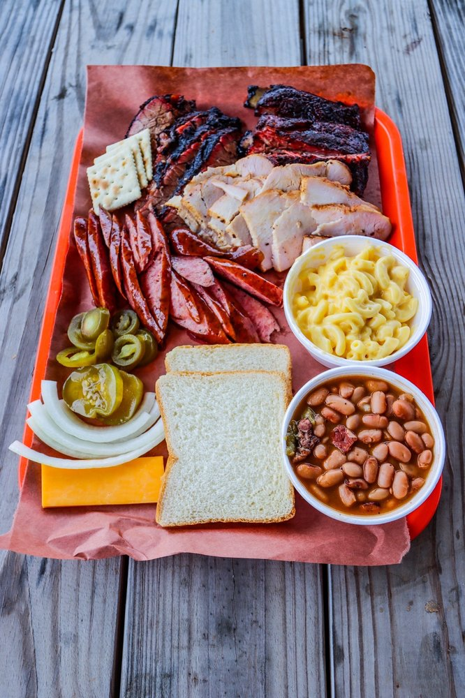Old Bucs Barbecue: 20321 Highway 6, Manvel, TX