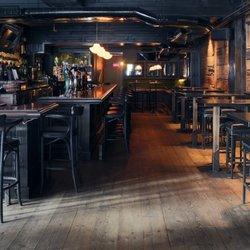 Le Trèfle - 36 photos & 28 avis - Pub irlandais - 3971 Rue Ontario E ...