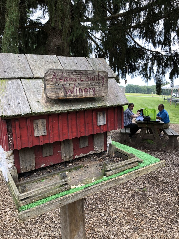 Social Spots from Adams County Winery