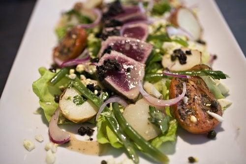 Sushi ahi grade tuna salad yelp for Sushi grade fish near me