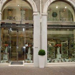 4 De Savoie Ivoire Rue Magasins Chaussures RoyaleAnnecyHaute iuXOPZTk