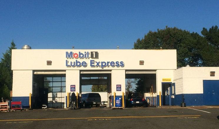 Mobil 1 Lube Express: 13710 Smoketown Rd, Woodbridge, VA