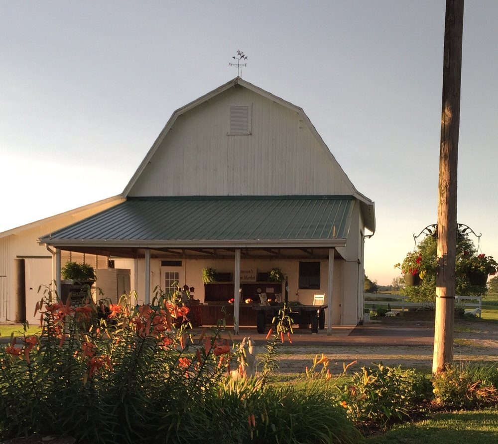 Peterson Farm Market: 2324 Hussey Rd, Xenia, OH