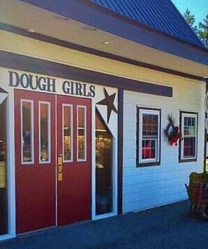 Dough Girls Cakes: 3003 Kingwood Rd, Rockwood, PA