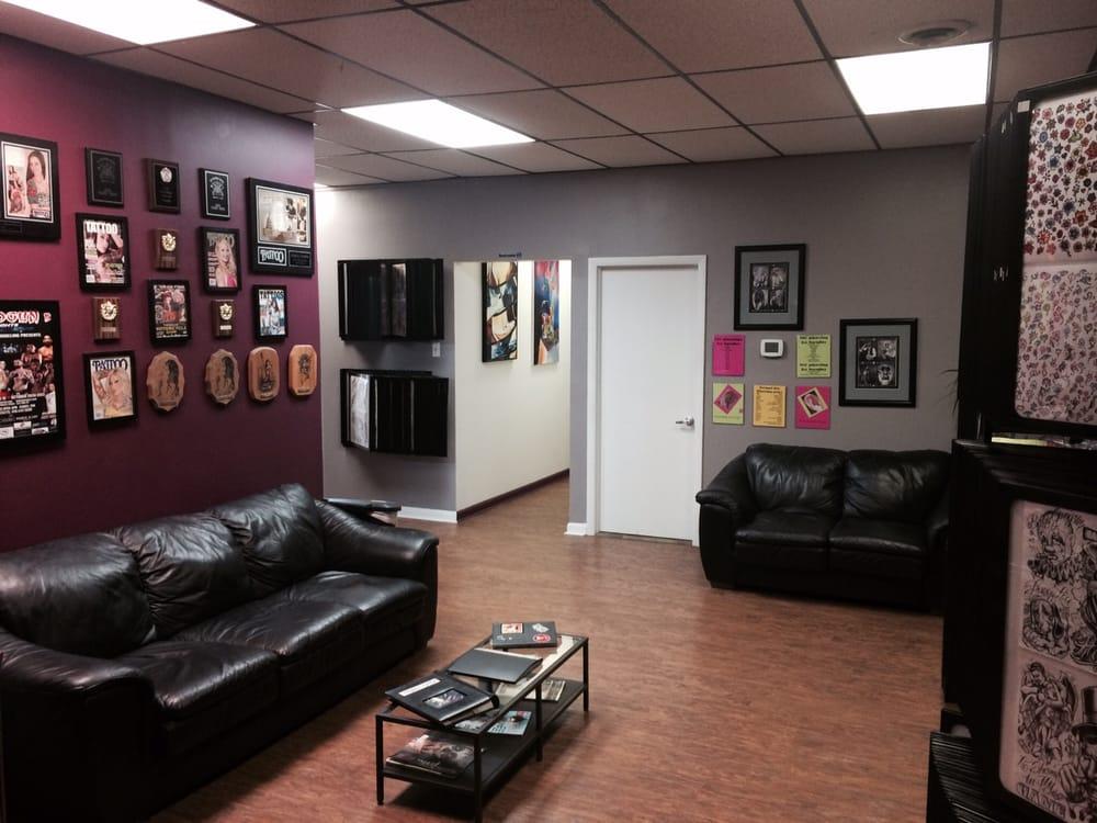 Tattoo Tattoo Art Studio & Boutique: 2719 Pulaski Hwy, Edgewood, MD