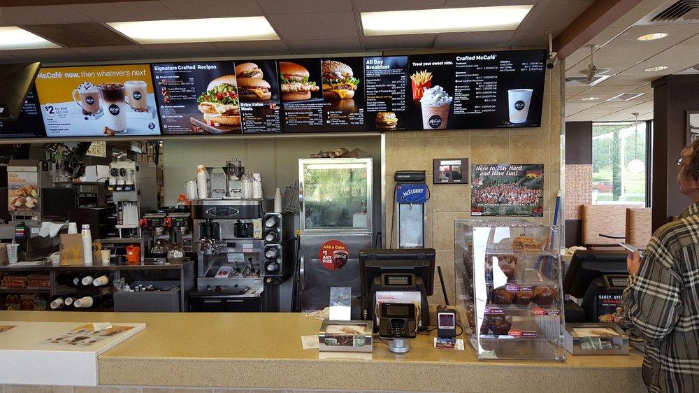 McDonald's: 1654 Benzie Hwy, Benzonia, MI