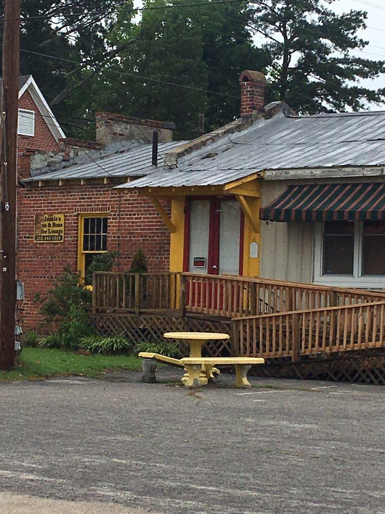 Jennies Beans and Buns Coffee Shop: 116 N Dennis St, Enfield, NC