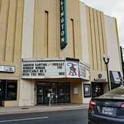 Regal Cinemas Potomac Yard 16 85 Photos 233 Reviews Cinema