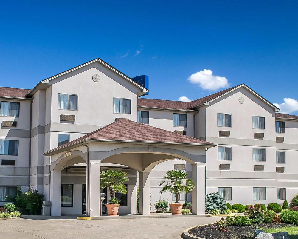 Quality Inn & Suites: 716 Brooks Hill Rd, Brooks, KY