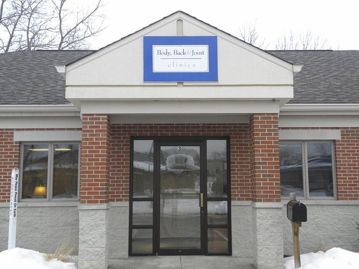 Body Back & Joint Clinic: 1496 Pope Ct, Chesterton, IN