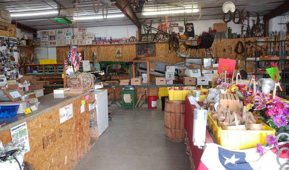 Fritchman Orchards: 13686 Hwy 65, Eckert, CO