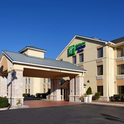 Photo Of Holiday Inn Express Suites Crossville Tn United States
