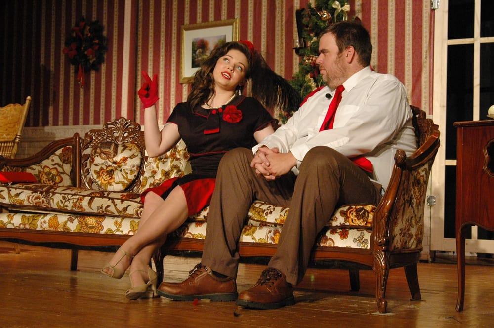 The Spotlight Playhouse: 214 Richmond Rd N, Berea, KY