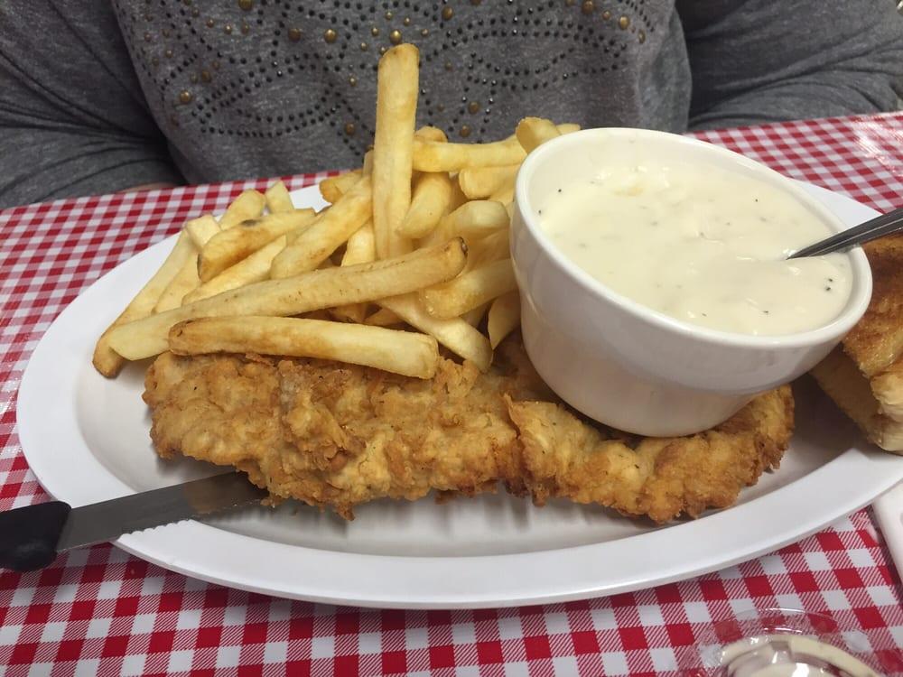 Deep South Dinner: E Main St, Madill, OK
