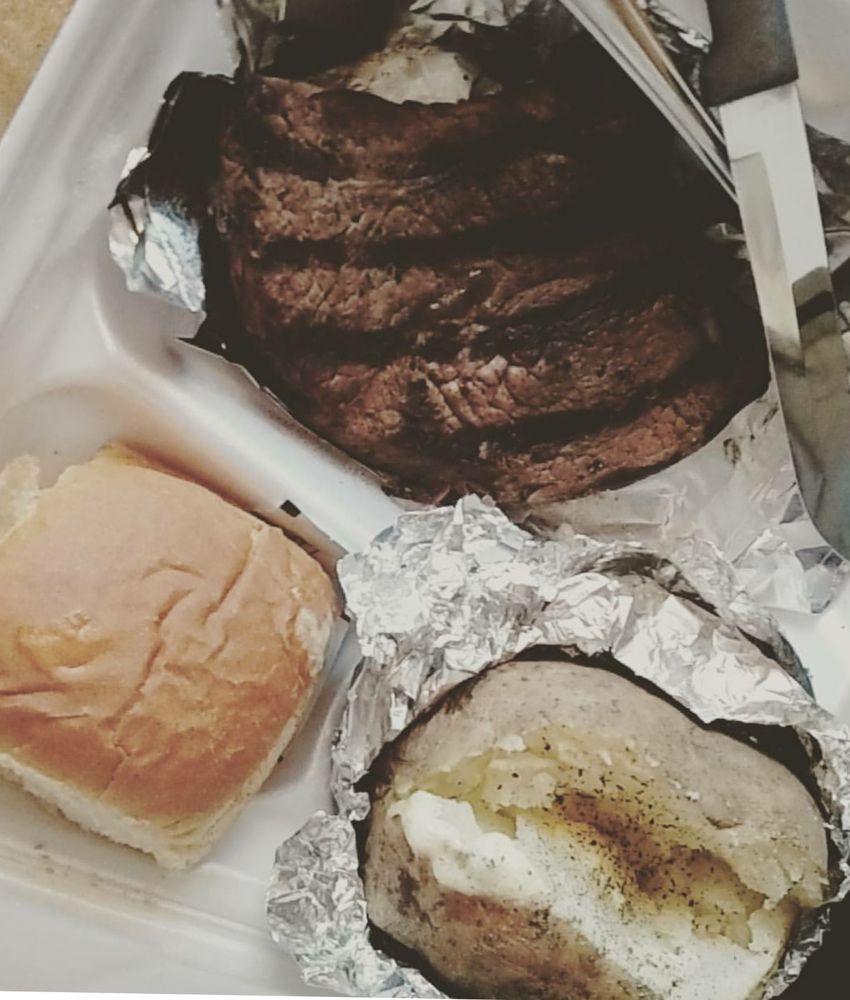 Jim's Family Restaurant: 6 Lyerly St, Summerville, GA