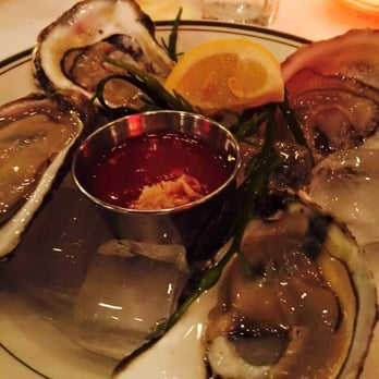 Robby d 39 s reviews brooklyn yelp for Bed stuy fish fry schermerhorn