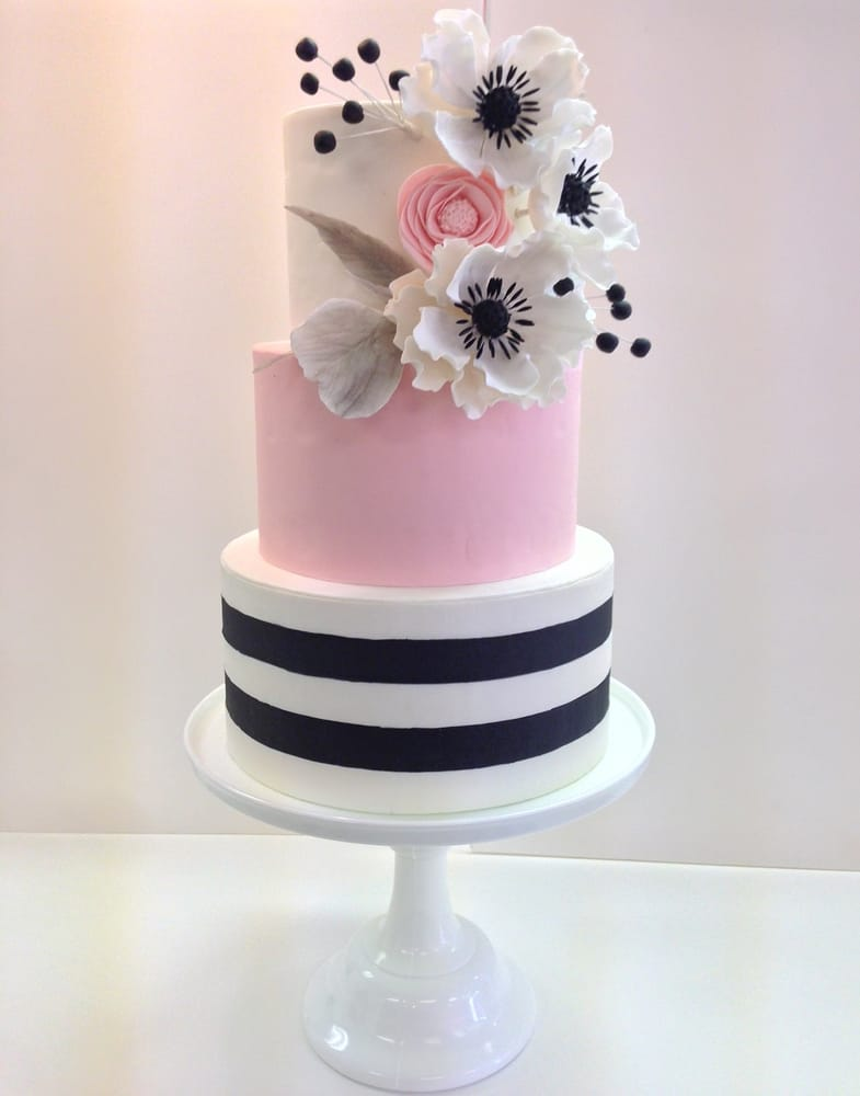 pink black and white wedding cakes with flowers pink black and white striped wedding cake with sugar 18568