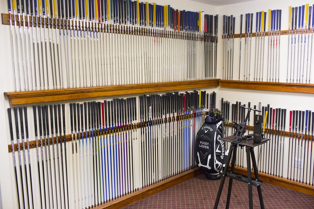 Pete's Golf Shop: 208 E Jericho Tpke, Mineola, NY