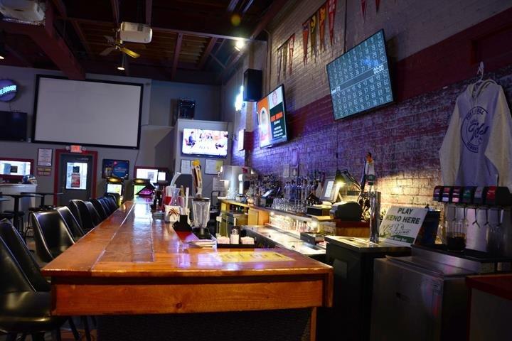 Little Ted's Pub & Grill: 416 Central Ave, Nebraska City, NE