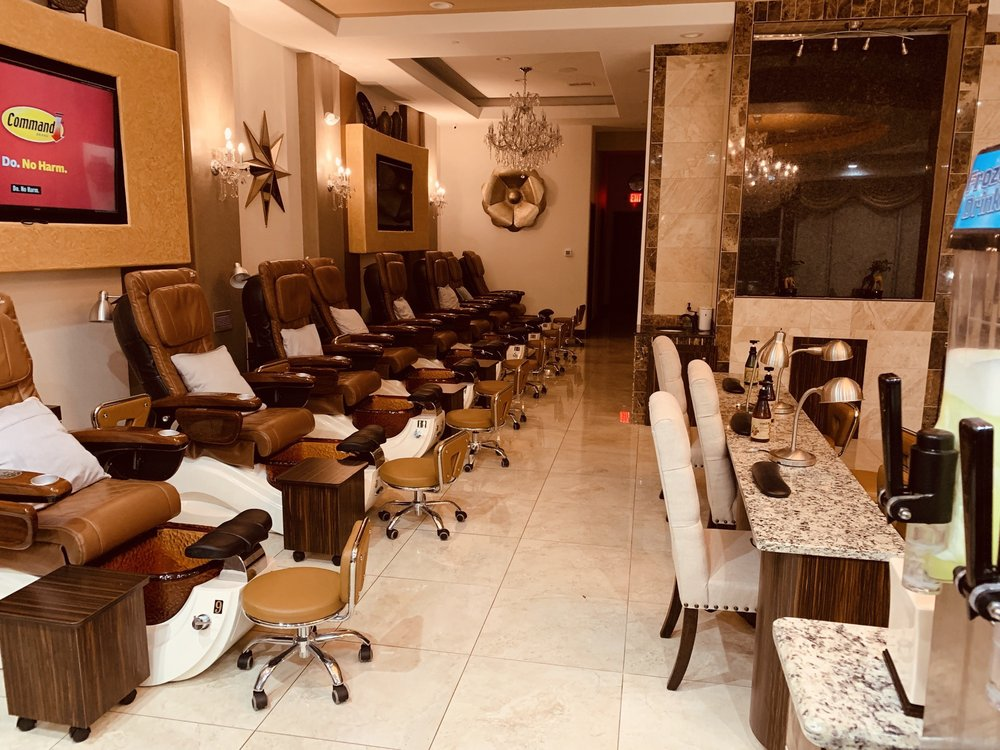 Skyline Nail Spa: 7000 Independence Pkwy, Plano, TX