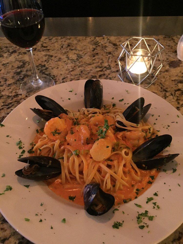 Caruso Ristorante Italiano: 124 107th Ave, Treasure Island, FL